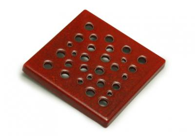 kratka wentylacyjna ceramiczna  czerwona 15 x 15 cm